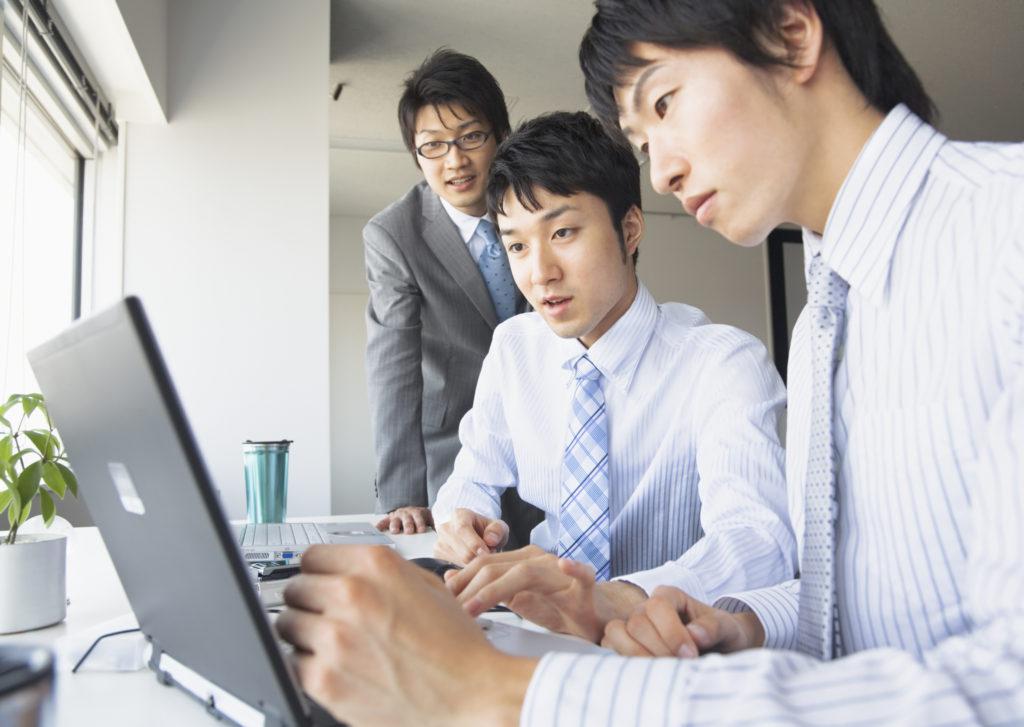 合同会社の社員加入・追加をわかりやすく解説。定款変更が必要!