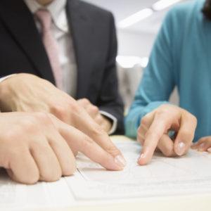有限会社から株式会社への組織変更手続きについてわかりやすく解説。7つのポイントを押さえてスムーズな手続きを